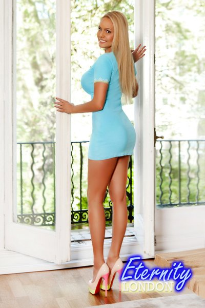 Blonde Knightsbridge London Escort Girl