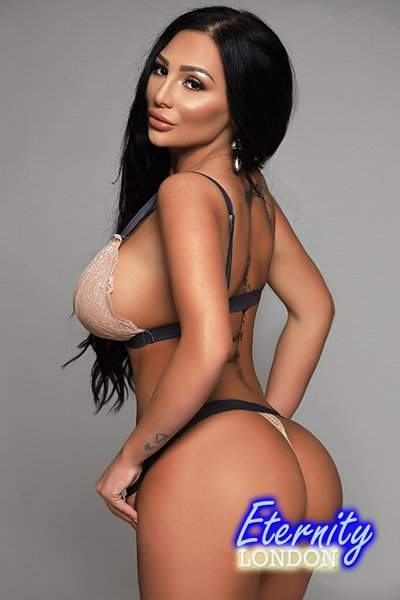 Black Earls Court SW5 London Escort Girl