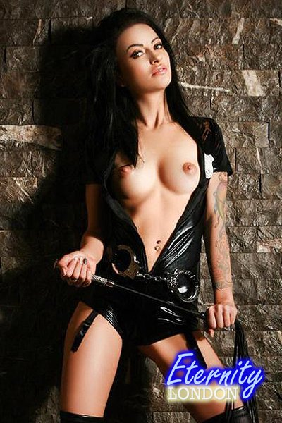 32D Skinny Tattooed Body Party London Escort Anastasia
