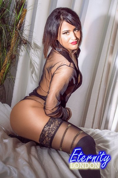 34B open minded friendly and polite lady London Escort Mara