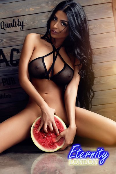 34DD Cute high class Brunette London Escort Gilyanna