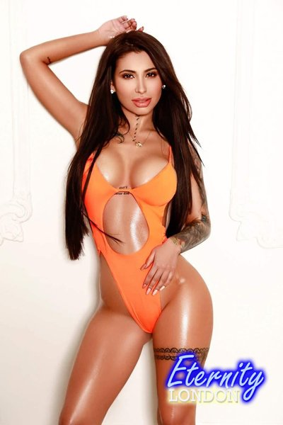 32D Anal petite brunette London Escort Asia