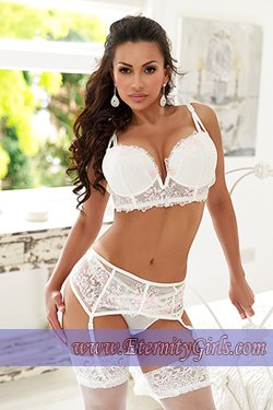 Brunette Lancaster Gate W2 London Escort Girl